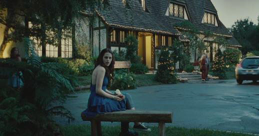Bella Swan in Chuck Taylor shoes