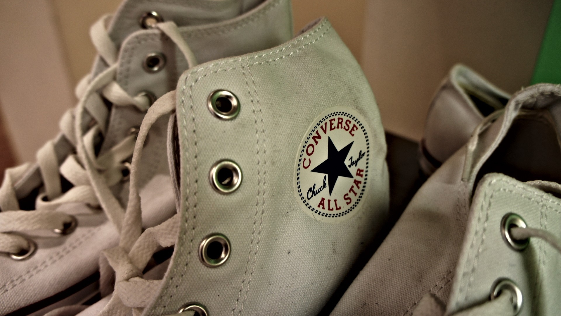 3d14b50f47db Ways to Take Care of Your Converse Chuck Taylor